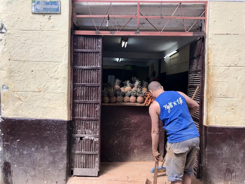 Local Store in Havana